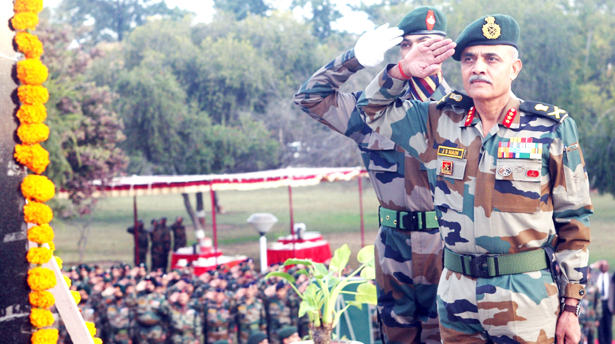 Two senior Army officers paying homage to martyrs at Tiger war memorial in Jammu on Tuesday.