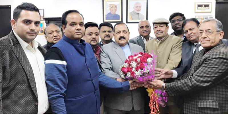 Jammu traders during meeting with Union Minister Dr Jitendra Singh in New Delhi.
