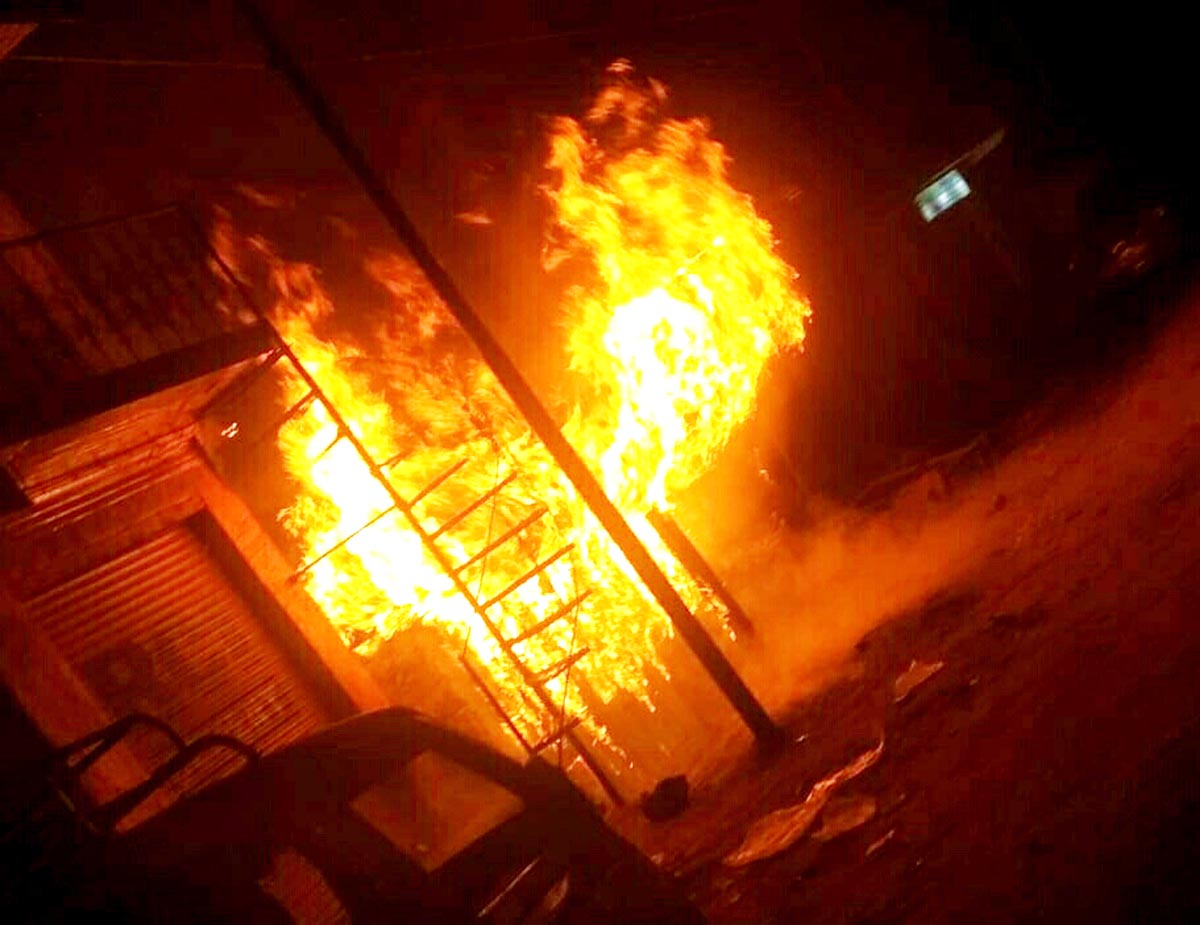 Residential building cum-shopping complex on fire at Kahara in Gandoh Sub Division of District Doda. -Excelsior/Rafi Choudhary