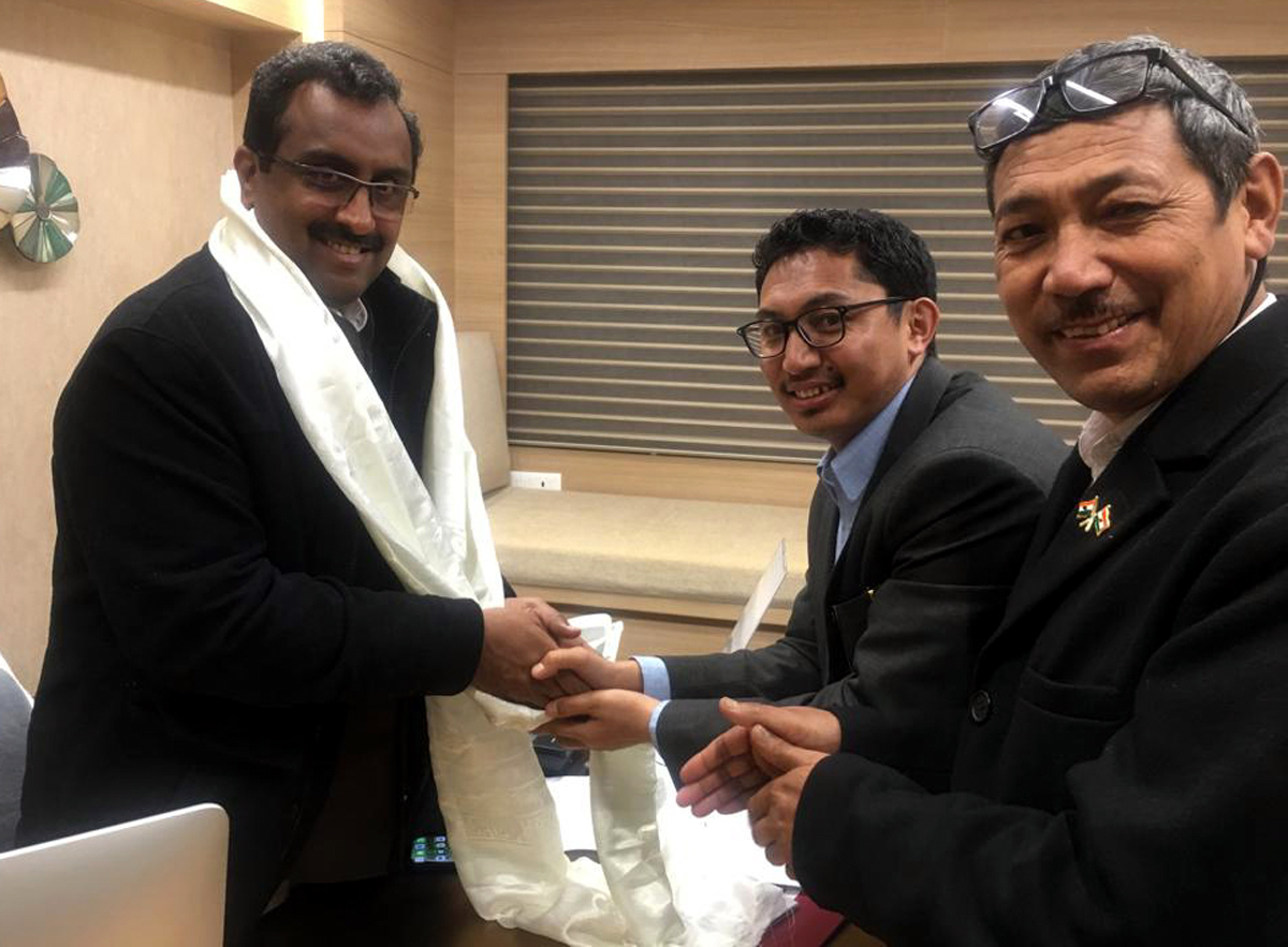 CEC Leh, Jamyang Tsering Namgial along with Phunchok Stanzin, EC (Agri) meeting Ram Madhav, National General Secretary of BJP in Delhi.