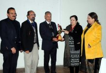 Principal, GMC Jammu, Dr Sunanda Raina, presenting memento to a guest speaker on conclusion of CME at GMC Jammu.