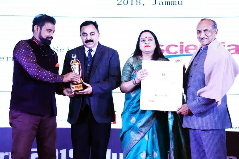 Chairman of Scientia International School Parshotam Bhardwaj and Founder Director Bharti Bhardwaj receiving the International School Award during award felicitation ceremony.
