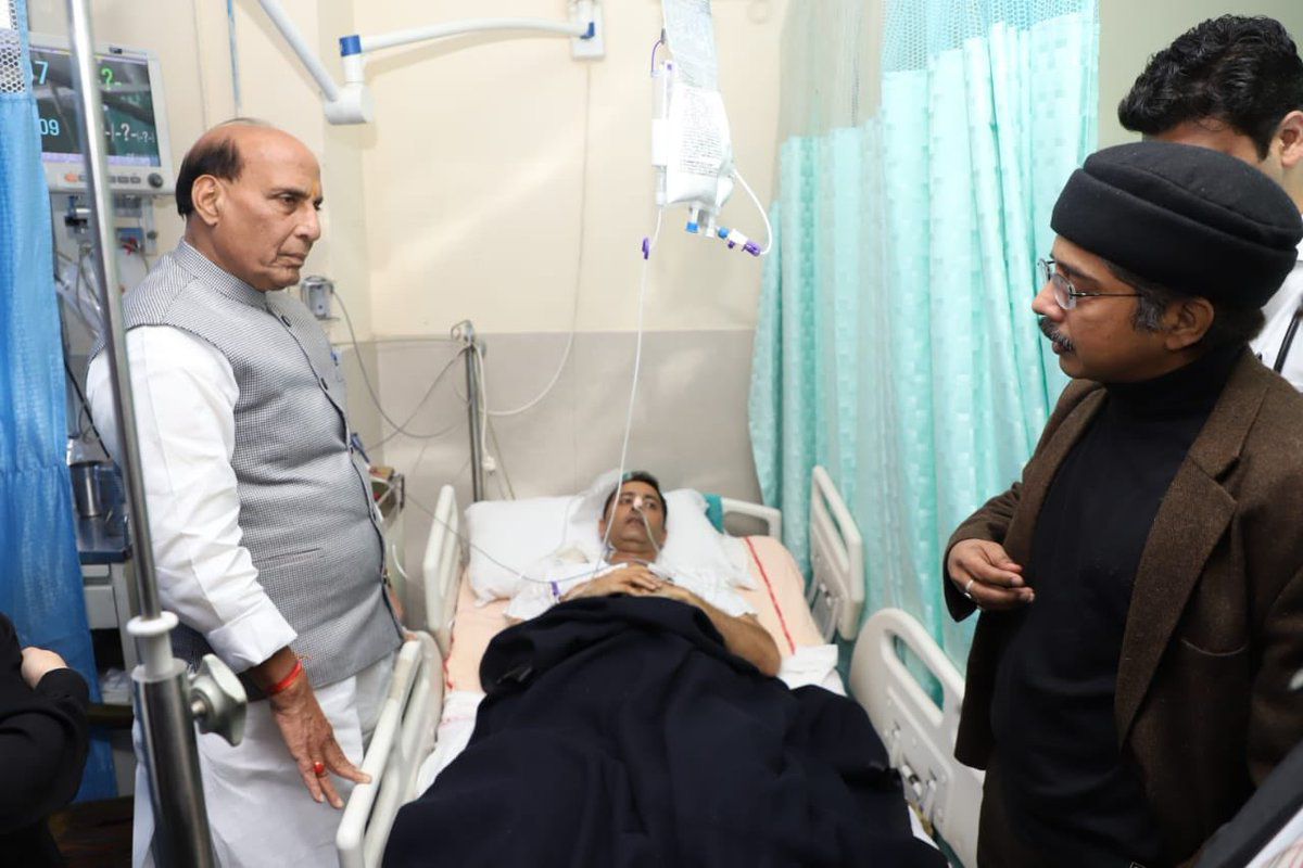 Home Minister Rajnath Singh visited AIIMS to inquire about the health of J&K DIG Amit Kumar who was injured in a recent counter terror operation in Pulwama.
