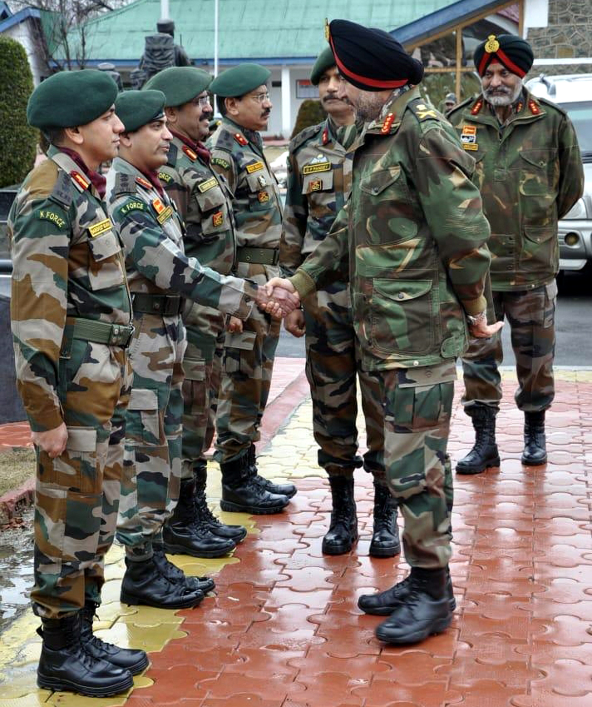 GOC-in-C Northern Command Lt Gen Ranbir Singh meeting Army officials during visit to Kashmir on Thursday.