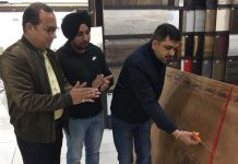 BM, Amul Boards Pvt Ltd, Vikas Choudhry, launching Classic Boiling Waterproof Plywood at Building Affairss, Aggarwal Complex, Marble Market in Jammu.