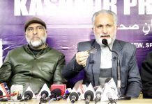 CCAK leader addressing a press conference on Friday. -Excelsior/Shakeel