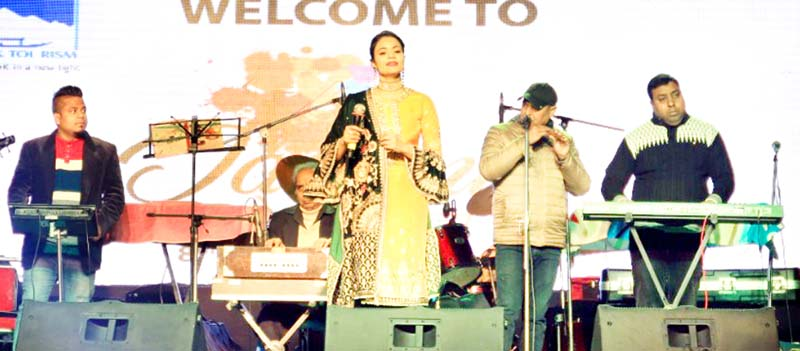 Artist performing on concluding day of Jammu Mahotsav.