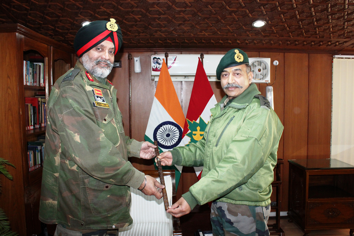Lt Gen Dhillon takes over a GOC 15 Corps.