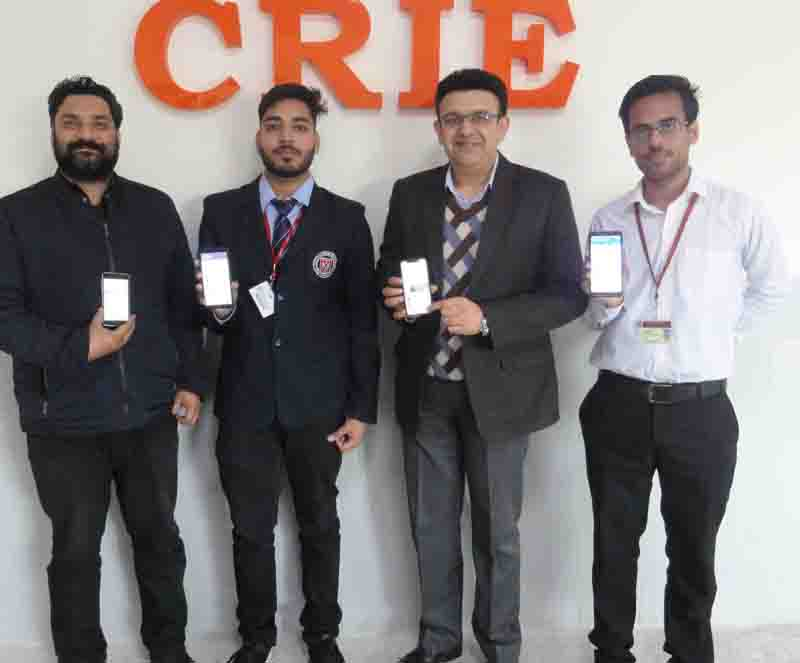 The CRIE team at MIET which developed the advanced message sharing application.