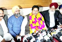 Senior Cong leader Raman Bhalla addressing press conference in Jammu on Sunday. -Excelsior/Rakesh