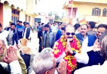 Vikramaditya Singh at Arnas campaigning for Lok Sabha elections.