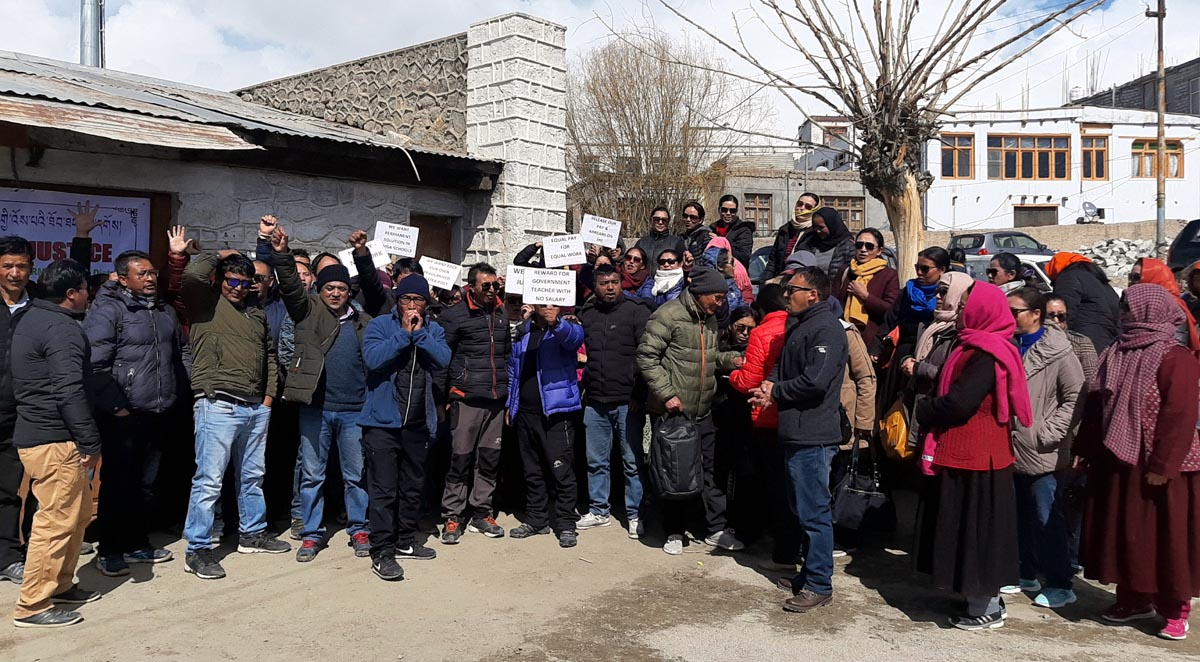RMSA and SSA teachers during a protest in Leh. —Excelsior Morup Stanzin