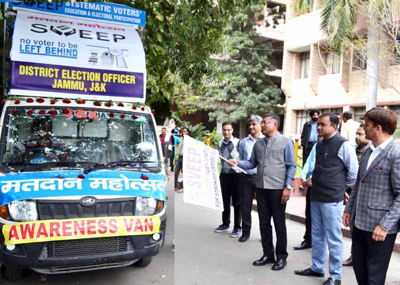 Chief Electoral Officer Shailendra Kumar flagging off Matdan Mahotsav van on Monday.