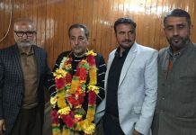 PC leader Abdul Majeed joining PDP on Tuesday.