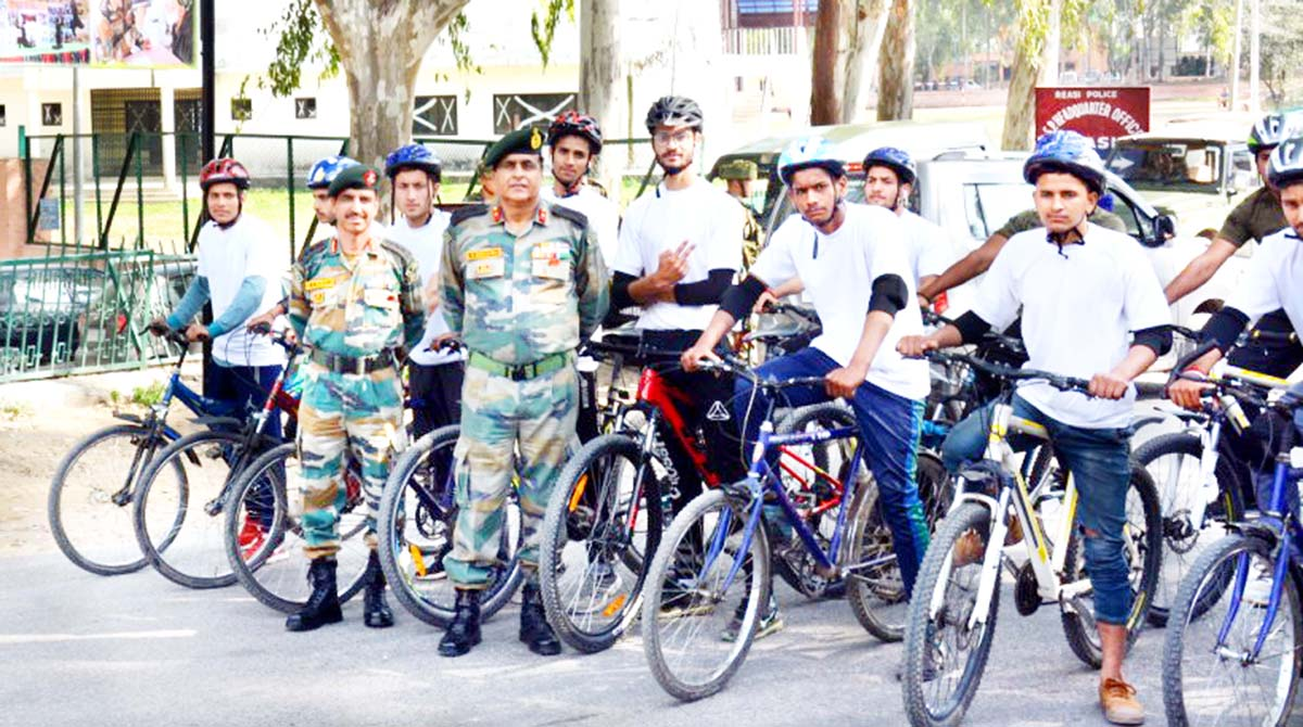 Cycle Expedition being flagged off at Talwara in Reasi.