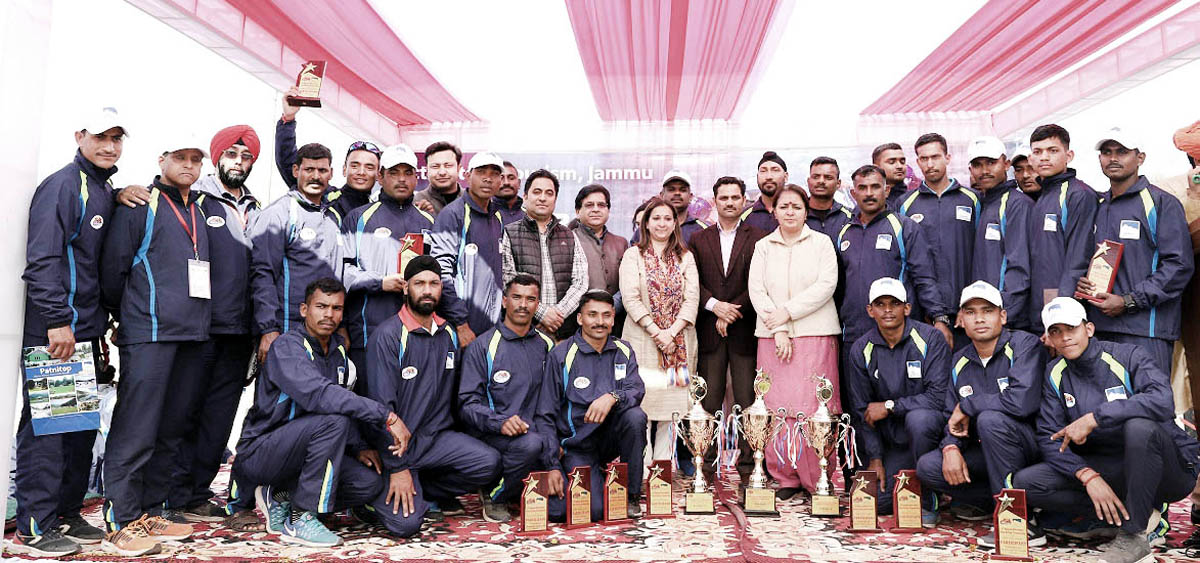Rafters posing along with dignitaries and officials during 4th National White Water River Rafting Championship in Reasi.