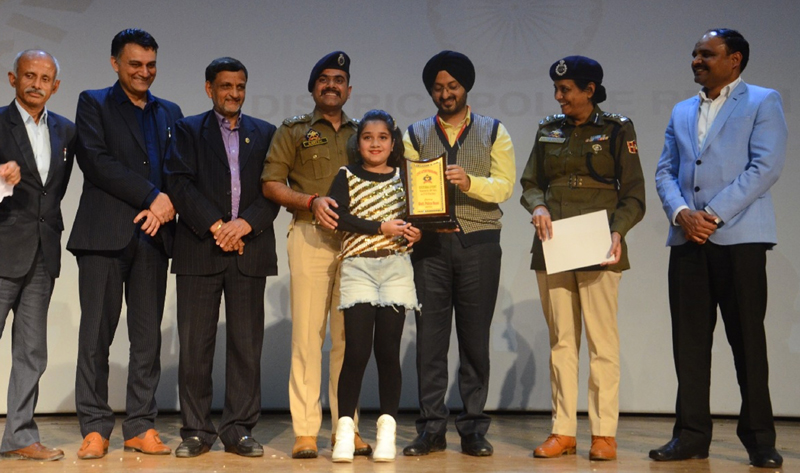 CEO SMVDSB Simrandeep Singh, SSP Reasi Nisha Nathyal, SP Katra Naresh Singh and others giving certificate to a winner.