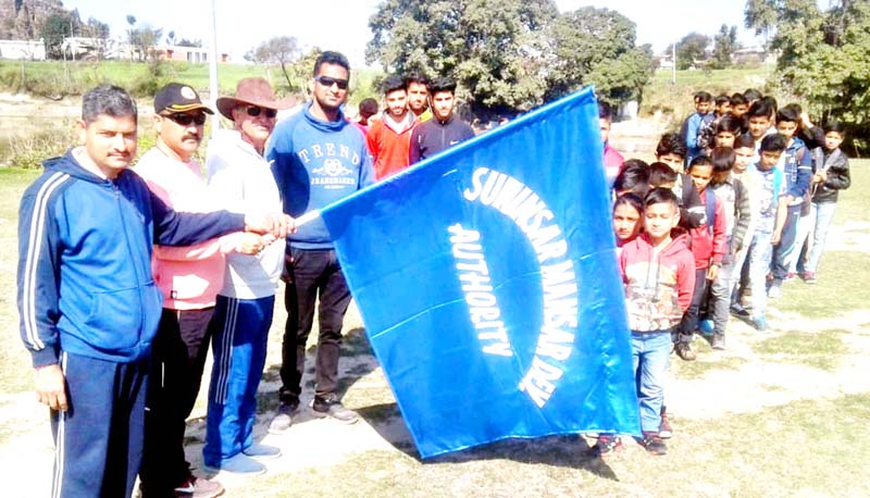 Trekkers being flagged off for Spring Trek from Mahoregarh to Mansar on Saturday.