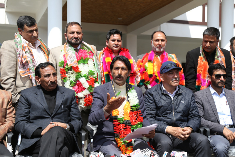 JKPCC chief G A Mir addressing a press conference in Srinagar. —Excelsior/Shakeel