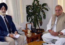 Governor S P Malik meeting Brig (Retd) Harcharan Singh on Tuesday.