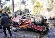 Mangled remains of Tata Sumo, which met with an accident in Ramban on Saturday. —Excelsior/Parvaiz