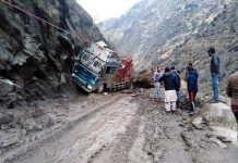Landslide hit truck near Piyakul area in tehsil Kahara of district Doda. -Excelsior/Rafi Choudhary