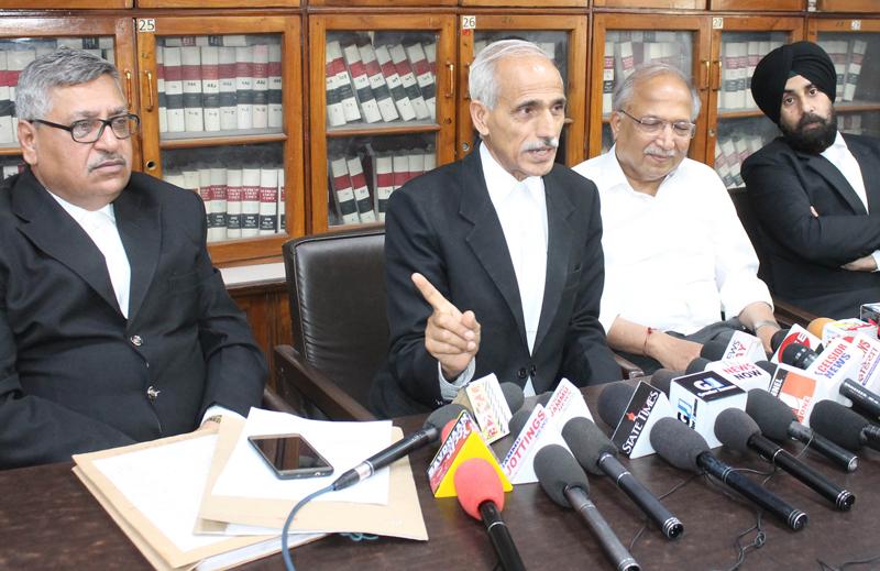 Advocate HC Jalmeria, convener of Voters Corner addressing a press conference on Wednesday. —Excelsior/Rakesh