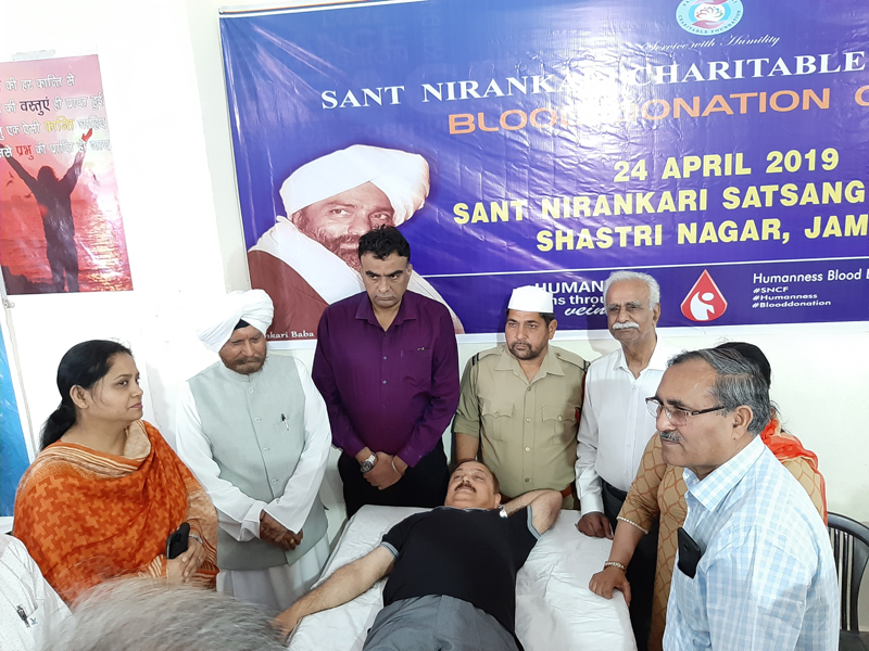 Dr Pawan Kotwal, Financial Commissioner Revenue donating blood during a camp organized by SNCF at Jammu.
