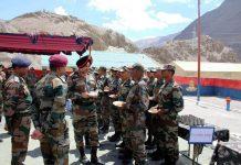 GOC-in-C Northern Command Lt Gen Ranbir Singh inter-acting with troops in Leh on Monday. -Excelsior/Monup Stanzin