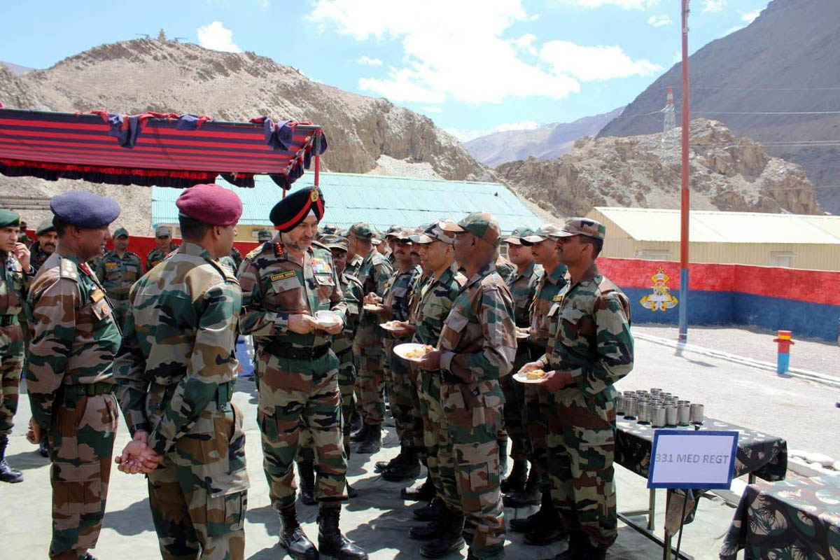 GOC-in-C Northern Command Lt Gen Ranbir Singh inter-acting with troops in Leh on Monday. -Excelsior/Monup Stanzin