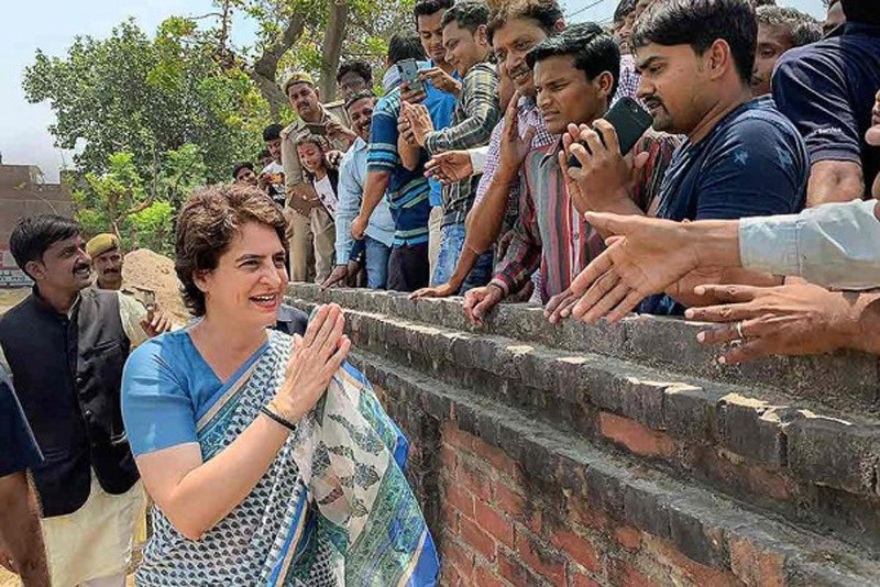 Congress General Secretary Priyanka Gandhi Vadra meets her supporters during an election campaign for Lok Sabha elections, Fatehpur of UP on Wednesday.