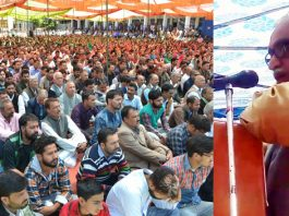 RSS national leader, Dr Manmohan Vaidya addressing a function to pay homage to martyr chanderkant & his PSO at Kishtwar on Friday.