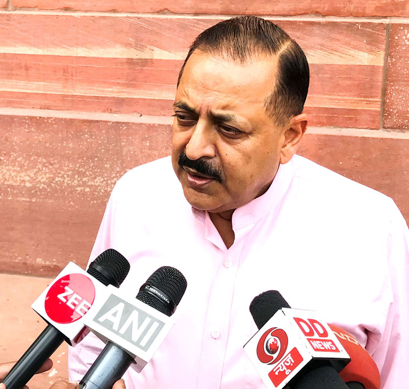 Union Minister Dr Jitendra Singh speaking to media persons, at New Delhi.