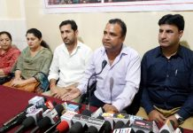NHMEA president, Rohit Seth, addressing a press conference at Jammu. — Excelsior/Rakesh