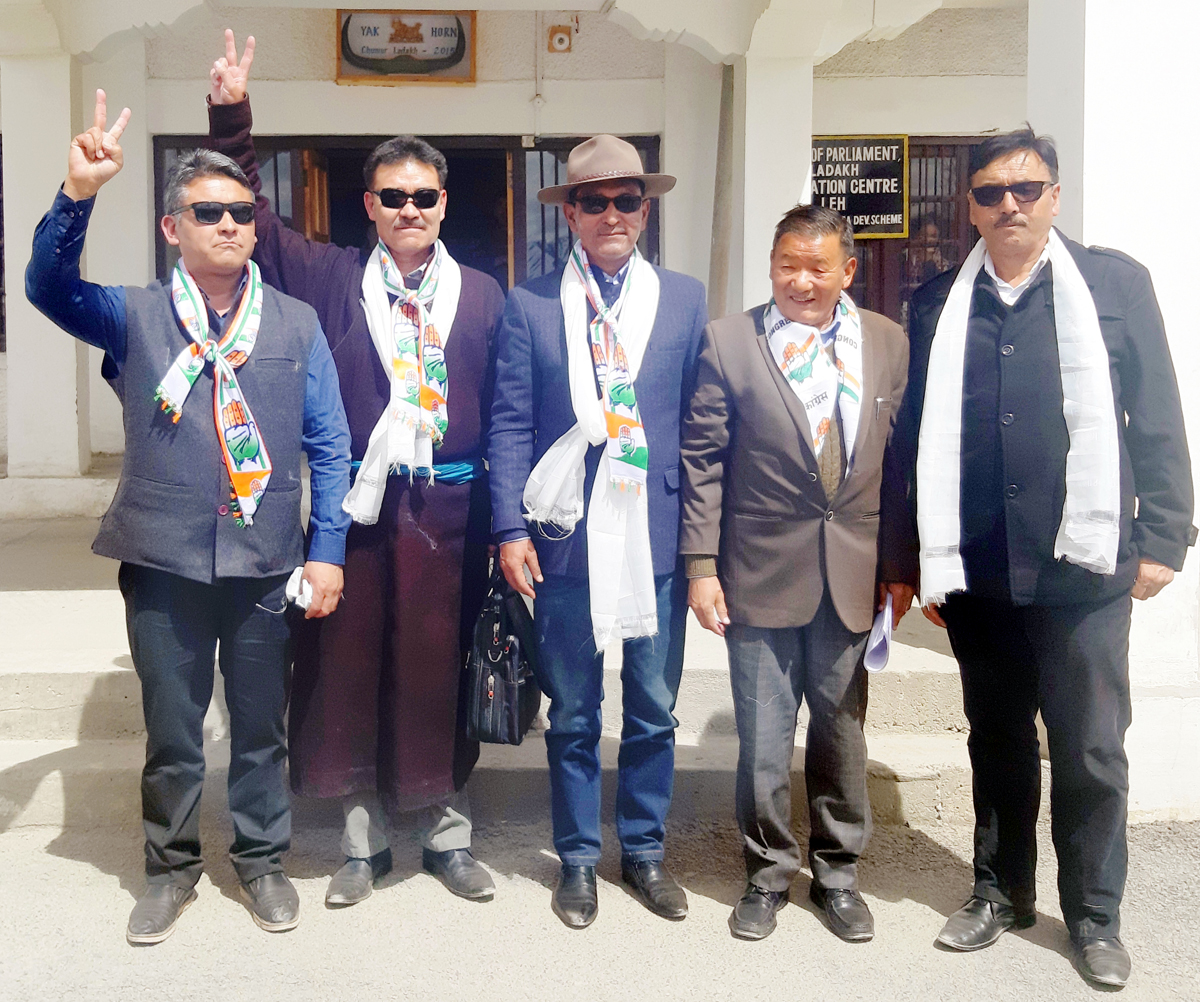 Rigzin Spalbar alongwith senior Congress leaders coming out after filing nomination for Ladakh Parliamentary seat on Monday.