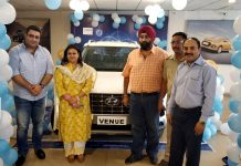 ARTO Udhampur Rachna Sharma along with others unveiling Hyundai Venue at Devika Hyundai Udhampur.