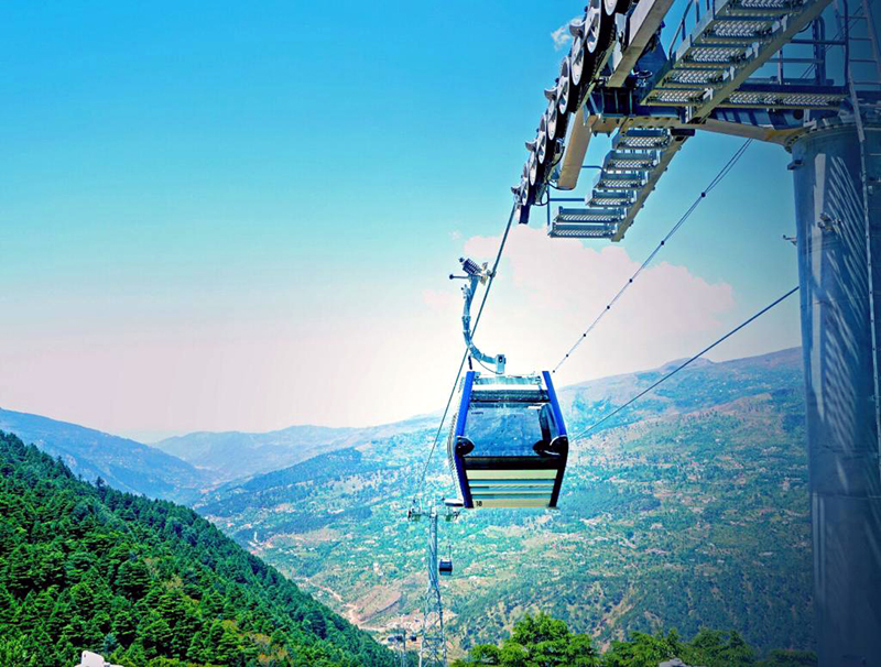 Trial run being conducted on Patnitop ropeway.
