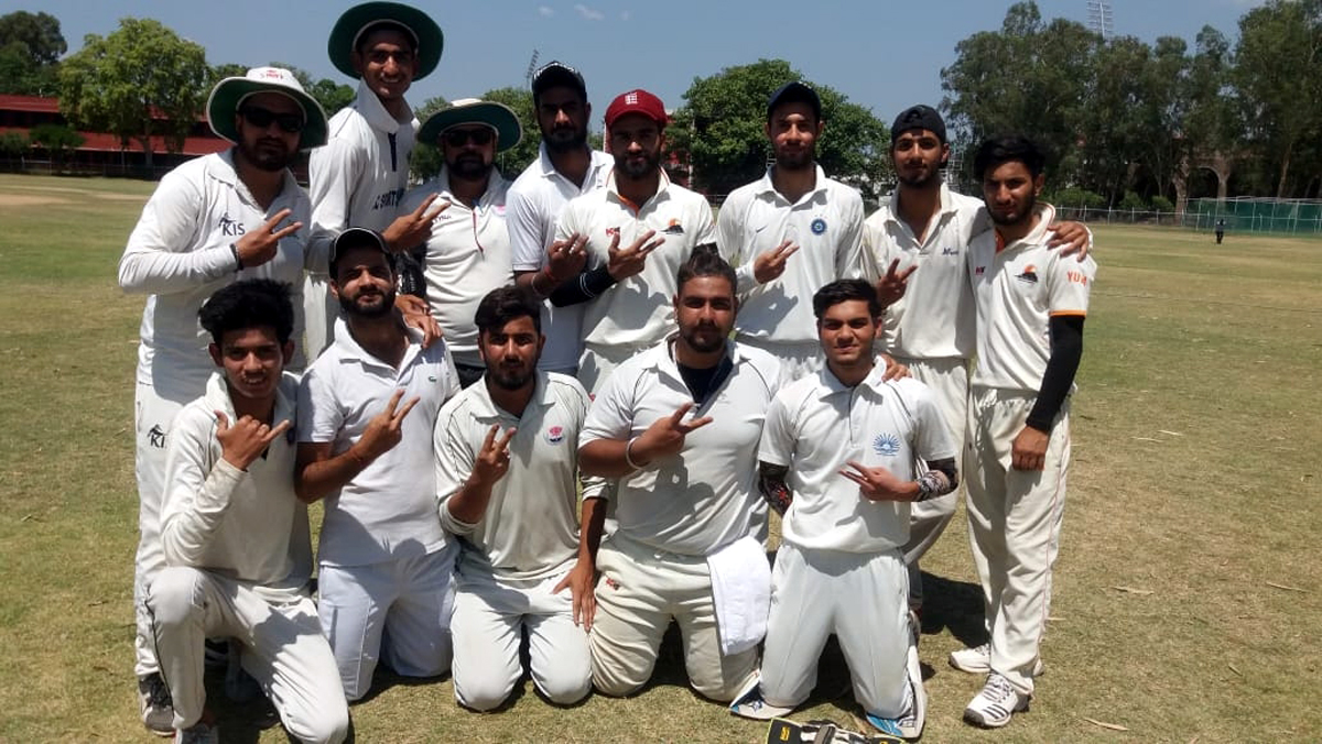 Winners posing along with officials at GGM Science College Hostel ground in Jammu.