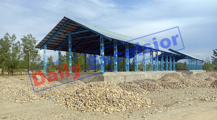 Under-construction fruit market Jablipora.