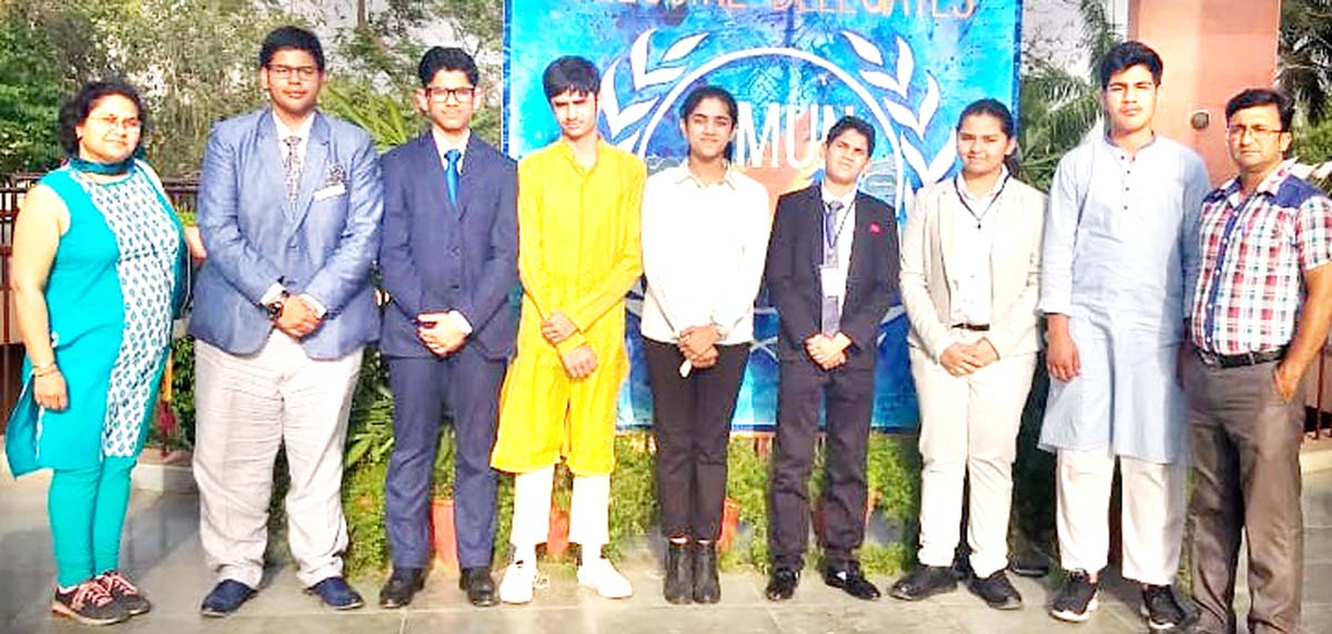 Jodhamal School delegation after excelling in MUN.