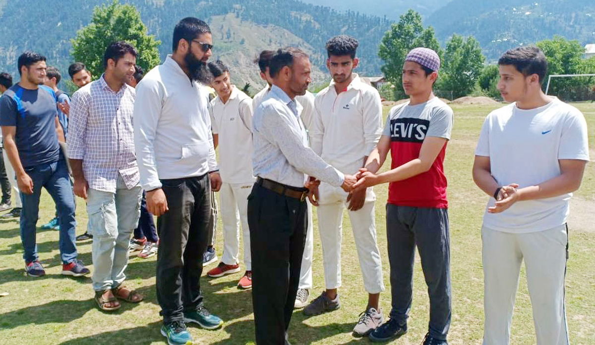 ZPEO Pritam Kotwal interacting with the participating players at Bhaderwah on Monday.