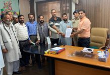 A deputation from Budhal submitting memorandum to DC Rajouri on Tuesday.