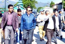 Div Com Kashmir Baseer Ahmad Khan conducting tour of Srinagar city on Monday.
