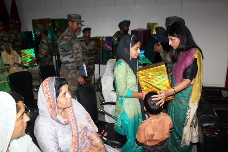 Army Felicitates 'Veer Naris'