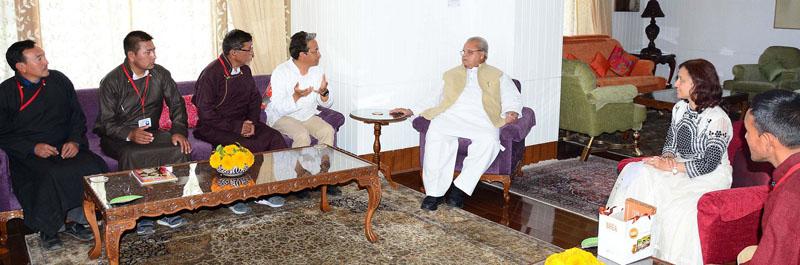 Governor Satya Pal Malik meeting delegation of Panchayat Co-ordination Committee, leh on Saturday.