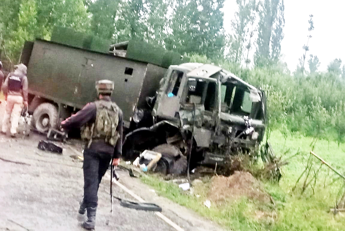 An Army vehicle, which was damaged in IED blast in Pulwama on Monday. -Excelsior/Younis Khaliq