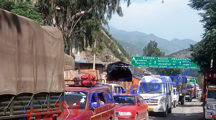 Vehicles caught in traffic jam at Ramban town on Jammu-Srinagar National Highway on Thursday. -Excelsior/ Parvaiz Mir