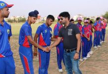 Former Ranjhi Trophy Cricketer Dhruv Mahajan interacting with players at KC Sports Club ground in Jammu on Tuesday.