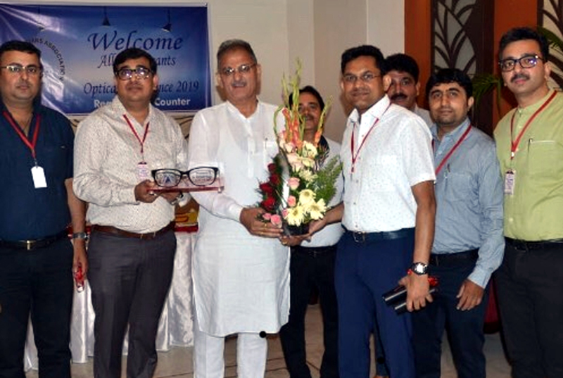 Members of JOA welcoming former Dy CM Kavinder Gupta during second optical conference at Jammu on Sunday.