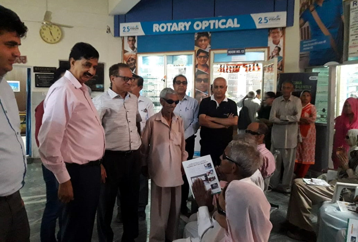 Former MLA Udhampur, Pawan Kumar Gupta, interacting with a patient at Rotary Eye & ENT Hospital, Udhampur.